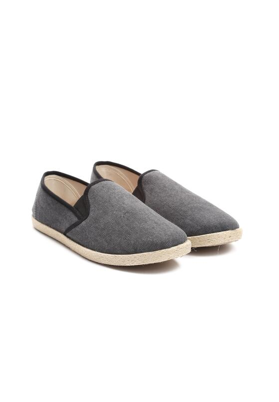 Czarne Espadryle Mean Nothing