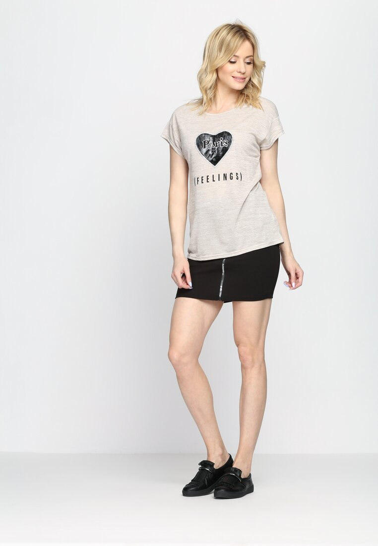Beżowy T-shirt From Eden